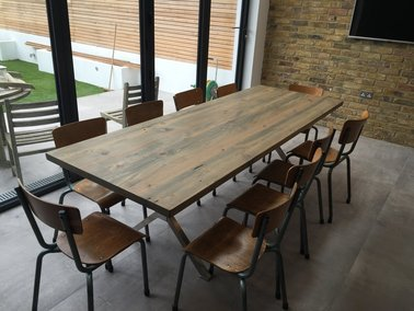X Shaped Stainless Steel Legs Industrial Dining Table